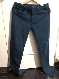 Used pants for men size 31/32!