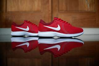 Nike revolution original burgundy red murah sneaker running gym fitness