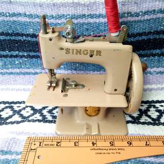 Antique Vintage 1950s Singer No. 20 Sewing Machine Made in Great Britain Antik Mesin Jahit Lama