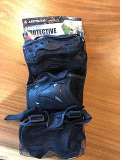 Protective sports pads