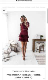 Two sisters dress