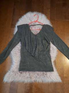 Shimmery ruffle long sleeve top