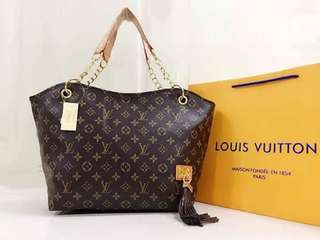 LV Bag 650 Size:17x12 inches  High Quality