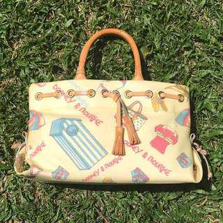 Dooney and Bourke Bag (Barely used and good condition)