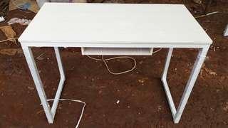 Meja Kantor Murah atau Office desk
