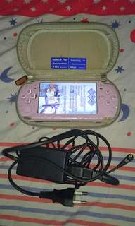 PSP 2007 Model Light Purple Color & PSP SYSTEM SOFTWARE 6.60 ~ WITH 2 *4GB* CARDS ( 2 ISO GAMES IN EACH 4GB CARD!!!) & ORIGINAL CHARGER + CASE !!!. 100% WORKING PSP & 100% NO PROBLEM!!!. 80% NEW LOOKING PSP!!!. ** PLEASE REPLY IN ENGLISH!!! 🤗 **