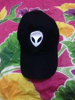 Baseballcap alien