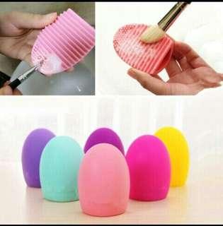 (SerbaSerbiku) Brush egg