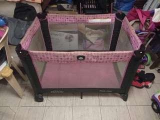 REPRICED! BABY CRIB FOR BABY GIRL (Pre loved)