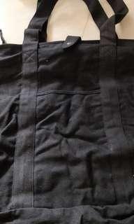 純黑色大帆布袋