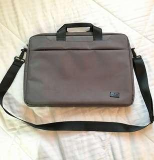 """Halo Laptop Hand bag / Sling Bag 15.6"""""""