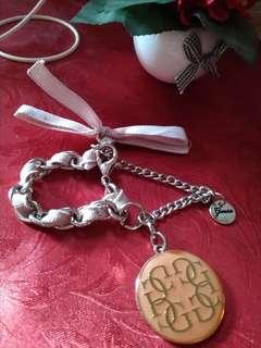 Gantungan tas/kunci GUESS ori