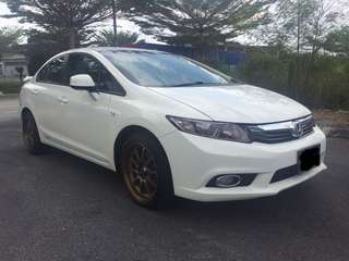 Honda civic 1.8 (A) 2013