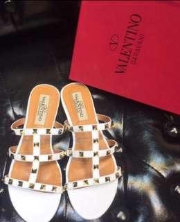 New🈹🆕Valentino Sandals