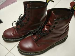 Dr. Martens 1460 cherry red