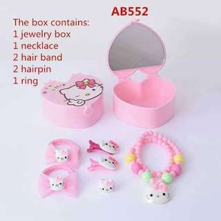 Kids accessories set