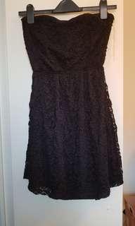 Sweetheart lace cutout dress