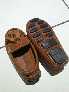 loafer kulit asli