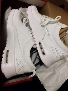Limited Edition Airmax Thea