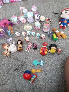 Free.. Hello kitty n other toys