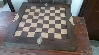 Vintage wooden chess board and chess