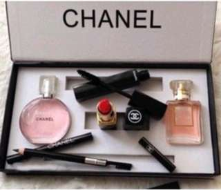 Make up chanel set 5in1