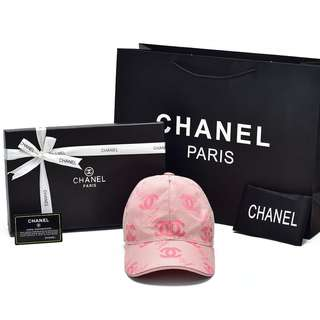 Topi Chanel Baseball Canvas Signature Pink