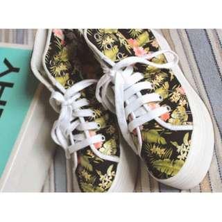 Jeffrey Campbell Homg Platform Sneaker in Tropic