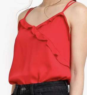 Red tuffle top