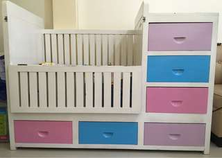 Wooden Crib with Built in Drawers