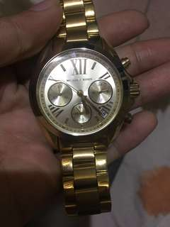 I'm selling my original Michael Kors watch. Never been used.