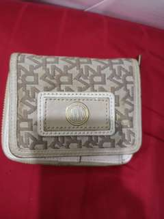 DKNY wallet (authentic)