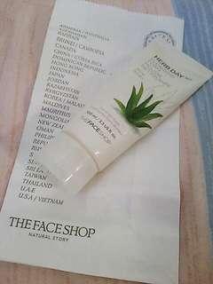 The Face Shop Foam Cleanser in Aloe Vera