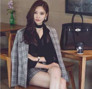Onhand Plaid suit blazer and shorts set❤️💕💯
