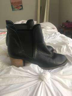 Midas black leather boots