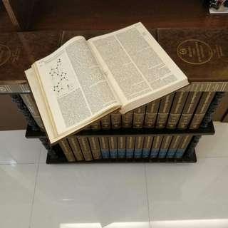 Encyclopedia Britannica (15th edn, 33 volumes)