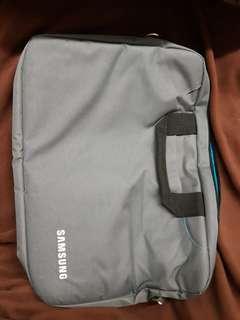 手提電腦袋