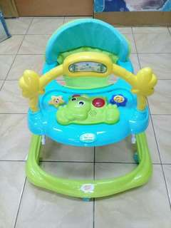 Readystock walker U baby with music