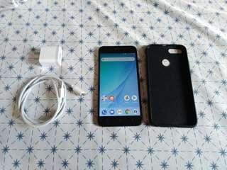 Xiaomi Mi A1 (64GB ROM/4GB RAM)