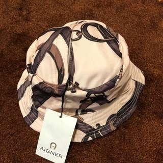 New aigner reversible hat with gift box
