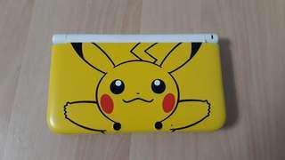 Nintendo 3DS XL (Pikachu Cover)