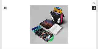Gorillaz (Super Deluxe) Vinyl Boxset, single