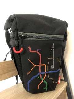 🚚 單眼槍包(可納1機2鏡) 附鏡頭保護墊及雨衣