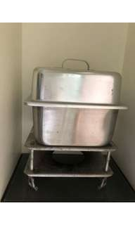 Chafing dish/ food warmer