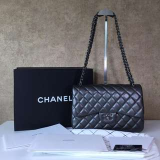 CHANEL A58600 CLASSIC DOUBLE FLAP JUMBO SHOULDER BAGS