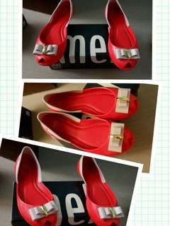 Melissa red shoes (like new)