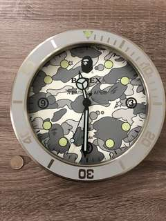 A Bathing Ape Bapex white camo clock