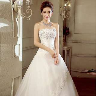 Long tail wedding dress (NEW)