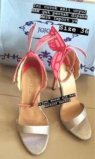 Sepatu Butterfly Pink New