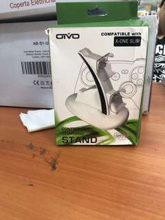 188• Oivo controller charging stand